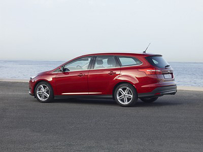 Ford Focus 2014 Wagon lateral [400x300]