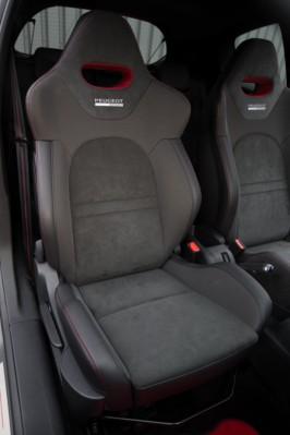 Peugeot 208 GTI 30-interior asientos baquets [266x400]