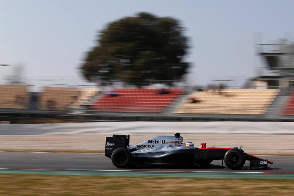 F1-Test-Montmelo-dia-2-Fernando-Alonso-Motor-Mundial-©Foto Mclaren-Honda-01