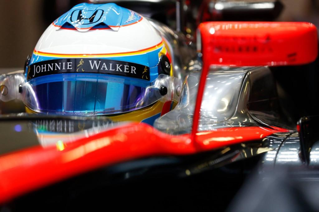 F1-Test-Montmelo-dia-2-Fernando-Alonso-Motor-Mundial-©Foto Mclaren-Honda-03