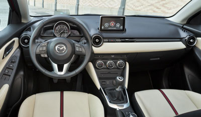 Mazda2-2015_02