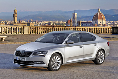 Skoda-superb 2015_ext.1delantera.jpg [400]