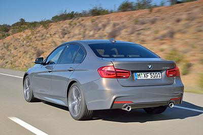 BMW 340i 2015 M Sport ext. trasera dinamica (400)