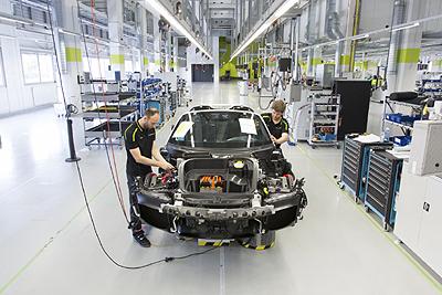Porsche 918 hybrid ultimo fabrica (400)