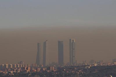 nube contaminacion Madrid