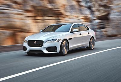 Jaguar_XF_ 2016_delantera (400)