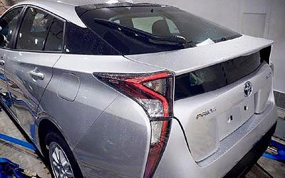 Toyota_prius_2016_trasera foto espia (400)