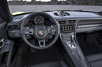Porsche 911 Turbo S 2016 int. 1 salpicadero 400