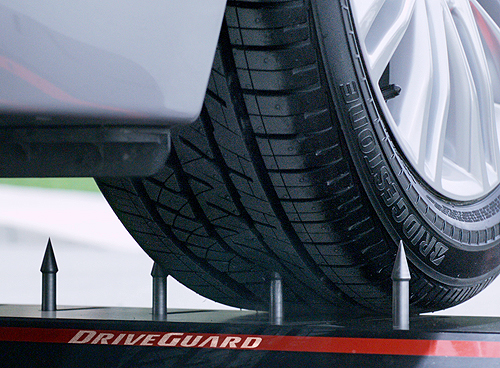 Bridgestone DriveGuard 3 500