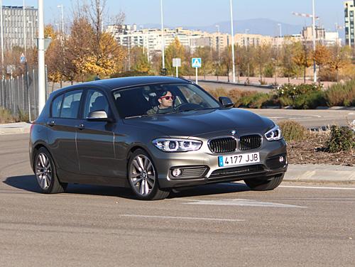 01 BMW 116d Sport 5p Steptronic 2015 500