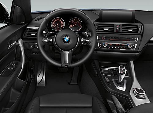 04 BMW 116d Sport 5p Steptronic 2015 interior salpicadero 500