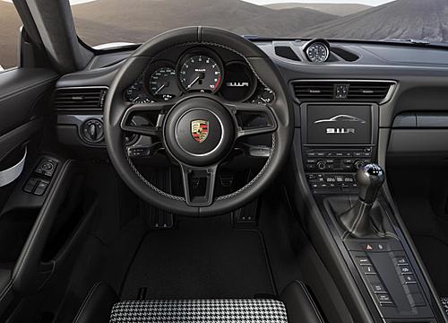 09 Porsche 911 R 2016 interior salpicadero volante 500