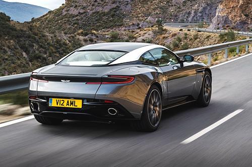 11_Aston Martin DB11 500