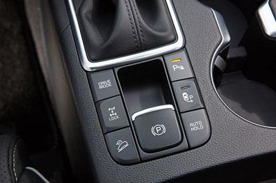36 Kia Sportage 2016 GT Line interior freno mano electrico 4x4 400