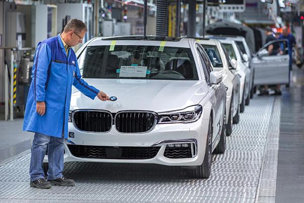 BMW AHORA CON TRES AÑOS DE GARANTÍA EN TODA LA GAMA