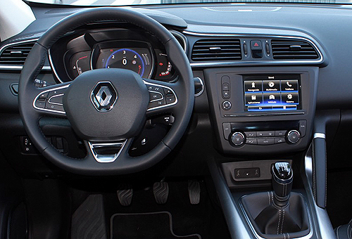 11 Renault Kadjar 1.5 dCi 110 CV Zen interior salpicadero 500