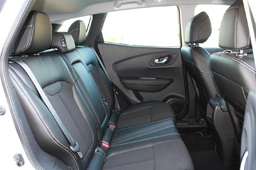 32 Renault Kadjar 1.5 dCi 110 CV Zen interior asientos traseros 500