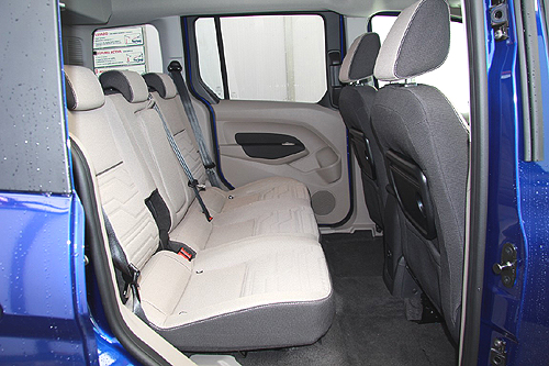 36 Ford Tourneo Connect 1.5 TDCi 120 CV Titanium 2016 interior asientos traseros 1 500