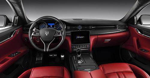 09 Maserati Quattroporte GTS GranSport interior salpicadero 50