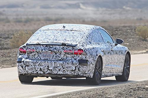 Audi A7 2018 foto espia camuflado trasera