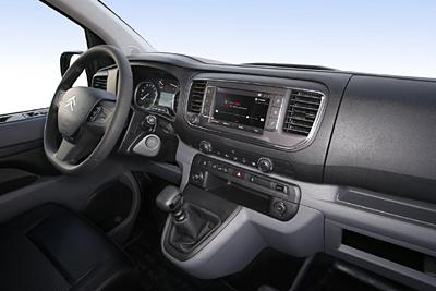 15-citroen-jumpy-furgon-2016-interior-salpicadero-400