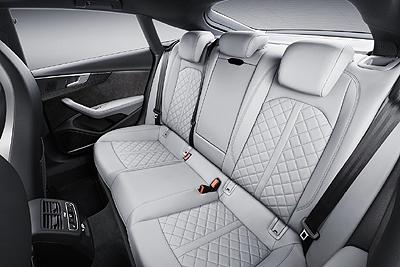 26-audi-s5-sportback-2016-interior-asientos-traseros-400
