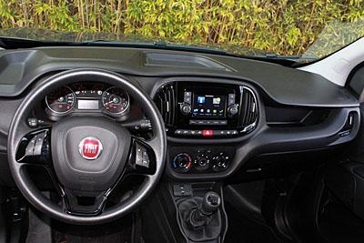 10-fiat-doblo-maxi-jtd-105-cv-furgon-interior-salpicadero-400