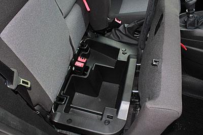25-fiat-doblo-maxi-jtd-105-cv-furgon-interior-asientos-baul-400