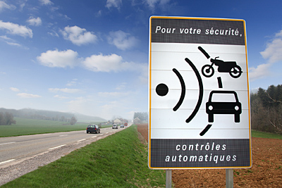 cartel-aviso-radar-francia